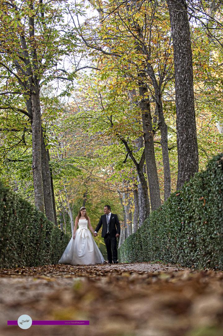 boda-cigarral-de-las-mercedes-y-post-boda-en-aranjuez-44-de-45
