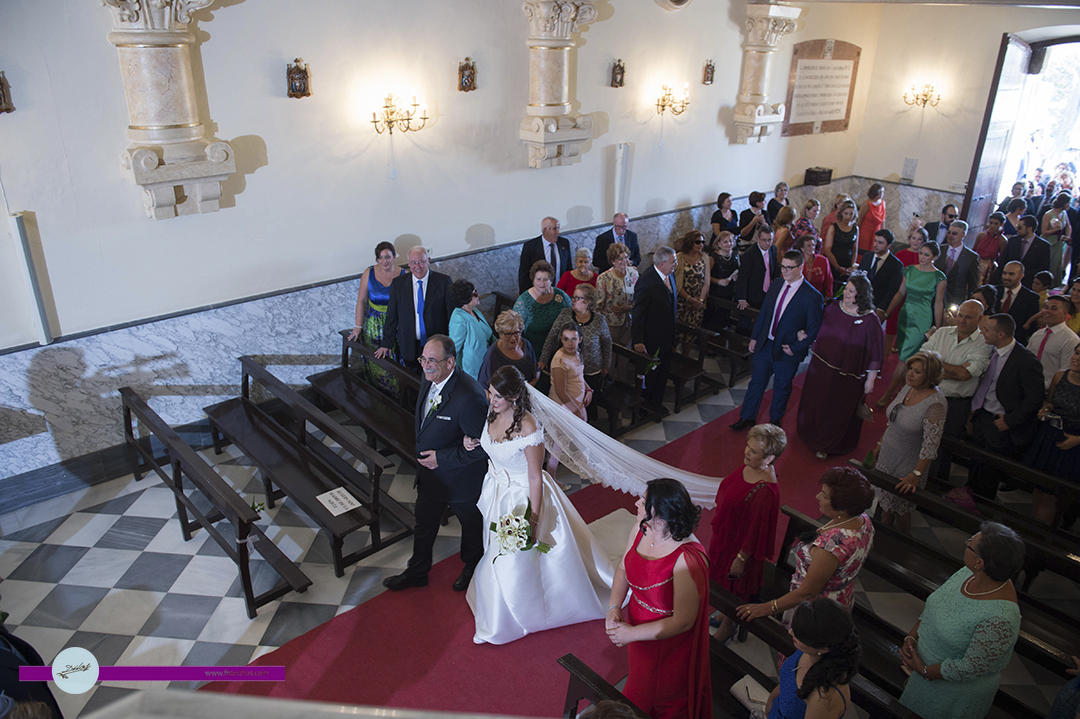 boda-en-huerta-de-valdecarabanos-y-restaurante-olrey-17